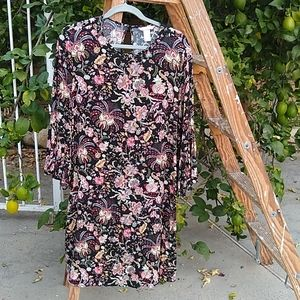 H%M loose floral dress. 3/4 sleeves. SIZE 14